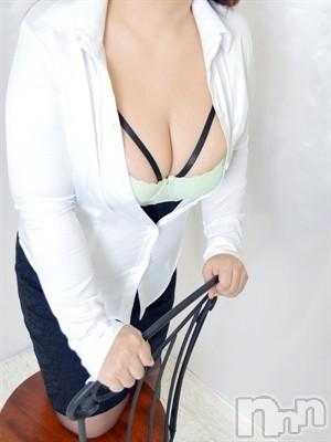 【体験熟女】つむぎ(45)のプロフィール写真2枚目。身長159cm、スリーサイズB96(F).W64.H90。上田人妻デリヘル人妻華道 上田店(ヒトヅマハナミチウエダテン)在籍。