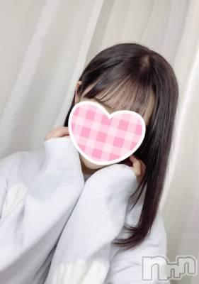 新人あいらちゃん(20) 身長158cm、スリーサイズB88(E).W56.H84。 sleepy girl在籍。