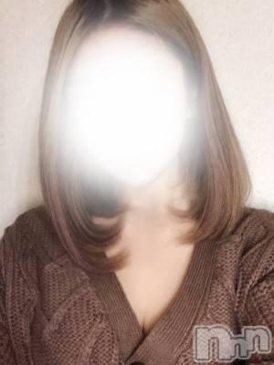 椎奈あゆみ(体験入店)(20) 身長152cm、スリーサイズB87(D).W57.H86。上越デリヘル RICHARD(リシャール)(リシャール)在籍。