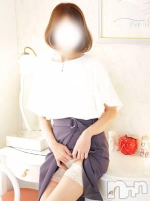 えみ(33) 身長155cm、スリーサイズB85(C).W58.H86。松本人妻デリヘル 松本人妻隊在籍。