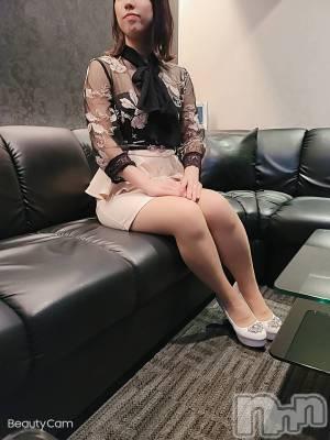 理依紗 年齢ヒミツ / 身長ヒミツ