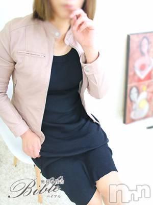 ◆ユウキ◆(41) 身長162cm、スリーサイズB87(E).W60.H86。上田人妻デリヘル BIBLE~奥様の性書~(バイブル~オクサマノセイショ~)在籍。