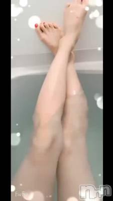新潟デリヘル Secret Love(シークレットラブ) るあ☆ご奉仕ド変態美女(27)の7月30日動画「お風呂での美脚🛁𓈒𓂂𓏸」