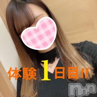 あゆ【体験ちゃん】(19) 身長155cm、スリーサイズB81(A).W56.H86。新潟デリヘル ドキドキ在籍。