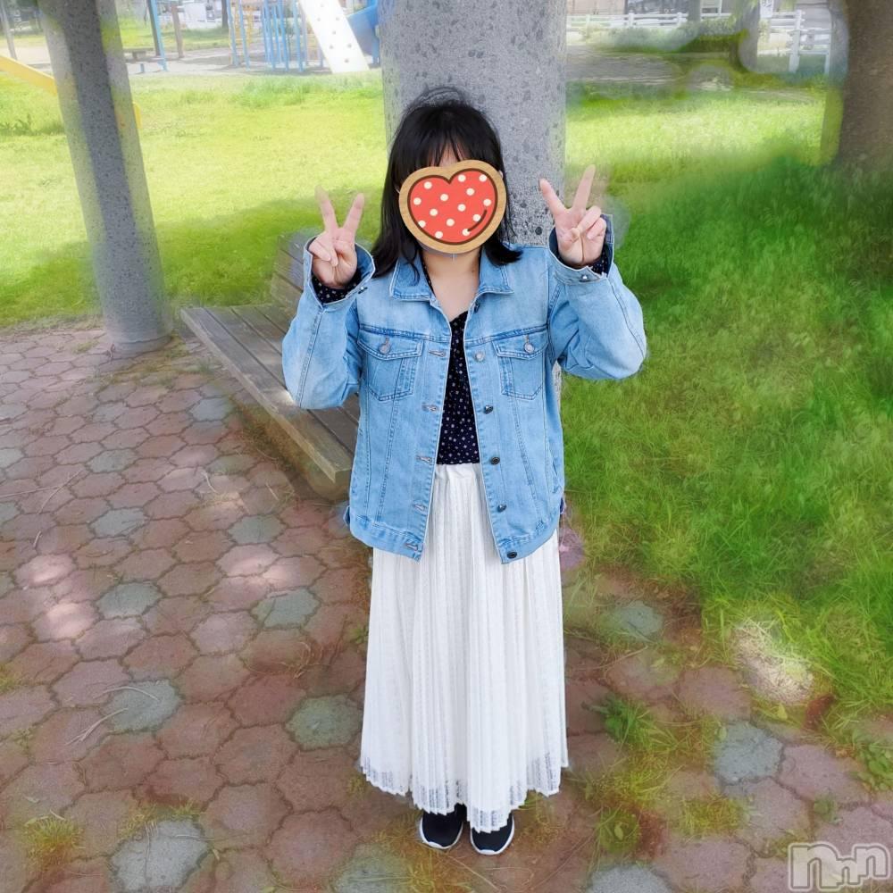 松本デリヘルRevolution(レボリューション) しのぶ☆ほぼ処女【育成枠】(22)の10月17日写メブログ「おはよう💖11時から行けます💕」