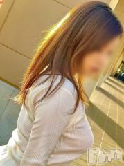 佐久人妻デリヘル煌~Sparkle~(キラメキ~スパークル~)の10月19日お店速報「容姿◎人気ゆずさん本日出勤♪Fカップ癒し嬢りなさん本日夜出勤♪」