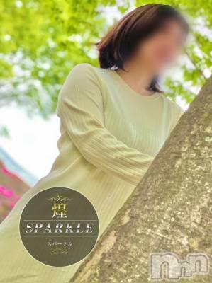 ゆな★Fカップ巨乳(33) 身長160cm、スリーサイズB92(F).W70.H95。佐久人妻デリヘル 煌~Sparkle~(キラメキ~スパークル~)在籍。
