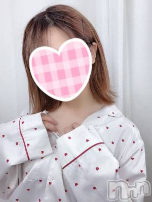 体験らなちゃん(21) 身長150cm、スリーサイズB81(B).W53.H82。 sleepy girl在籍。