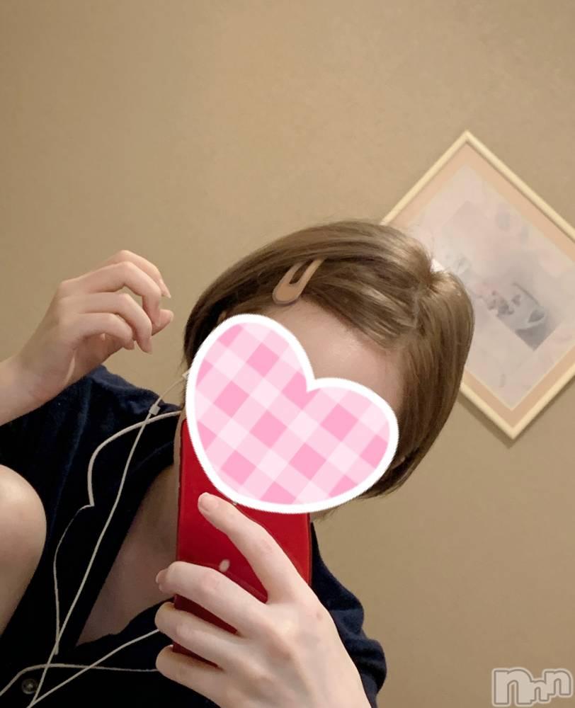新潟手コキ新潟風俗Noel-ノエル-(ノエル) 体験 あすか(23)の8月4日写メブログ「髪の毛暗くなった!」