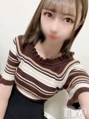 松野なつ(19) 身長168cm、スリーサイズB87(D).W57.H86。 RICHARD(リシャール)在籍。