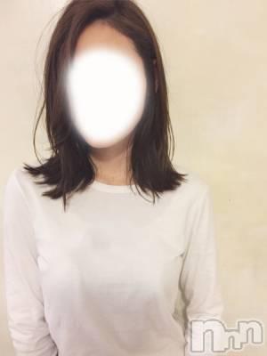 かな(31) 身長166cm、スリーサイズB86(E).W59.H87。松本人妻デリヘル 松本人妻隊(マツモトヒトヅマタイ)在籍。
