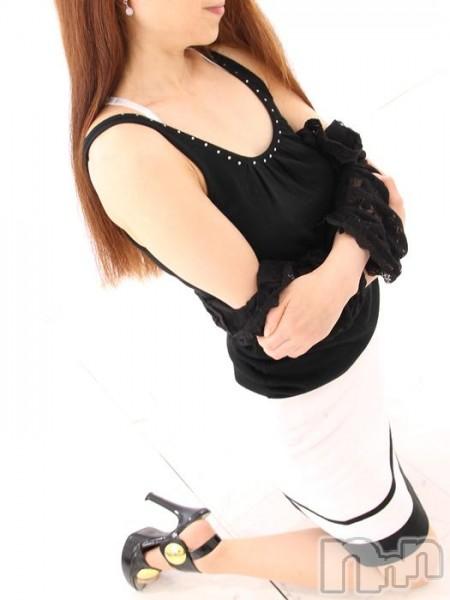星菜(42)のプロフィール写真3枚目。身長150cm、スリーサイズB80(B).W57.H82。新潟人妻デリヘル人妻楼 新潟店(ヒトヅマロウ ニイガタテン)在籍。