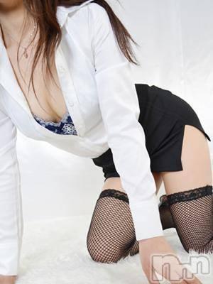 来未-くみ-(32) 身長157cm、スリーサイズB83(C).W59.H86。 人妻華道 上田店在籍。