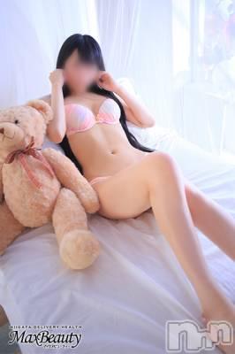 あいみ黒髪美少女(20) 身長161cm、スリーサイズB83(C).W56.H84。新潟デリヘル Max Beauty 新潟在籍。
