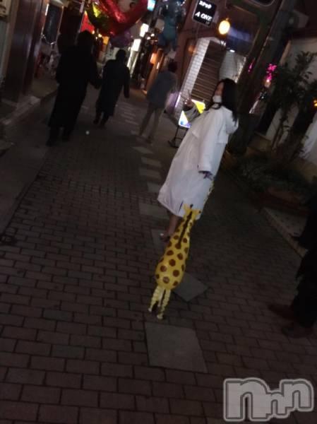 袋町ガールズバーGirls Bar DIVA(ガールズバーディーバ) 紬徠乃んべーの3月10日写メブログ「きりんの散歩」