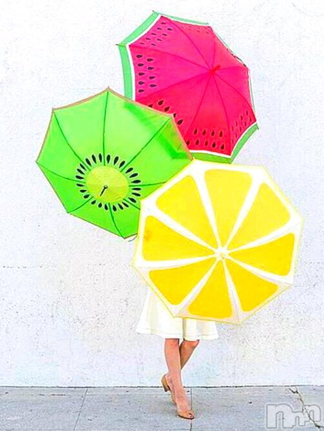新潟メンズエステ新潟風俗出張アロママッサージ(ニイガタフウゾクシュッチョウアロママッサージ) しずな☆(46)の7月27日写メブログ「同じ傘」