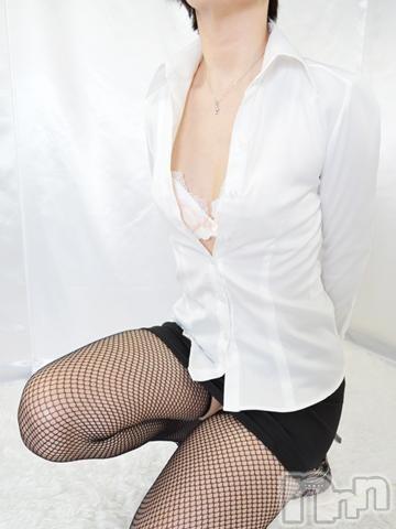 【熟女】由美(43)のプロフィール写真2枚目。身長163cm、スリーサイズB88(B).W60.H91。上田人妻デリヘル人妻華道 上田店(ヒトヅマハナミチウエダテン)在籍。