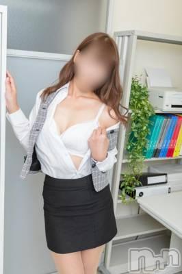 ちひろ(23) 身長162cm、スリーサイズB82(C).W57.H81。新潟デリヘル Office Amour在籍。