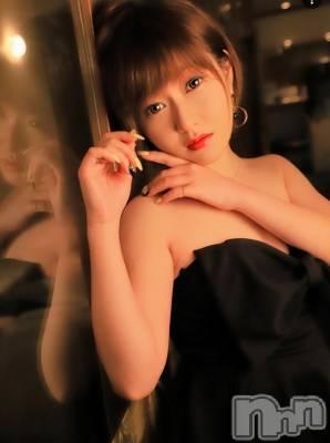 愛咲 千夏 年齢ヒミツ / 身長145cm