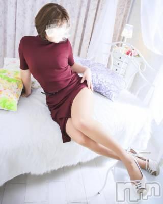 ゆき舌先の技巧嬢(39) 身長158cm、スリーサイズB86(C).W58.H86。新潟デリヘル 人妻不倫処 桃屋 新潟店在籍。