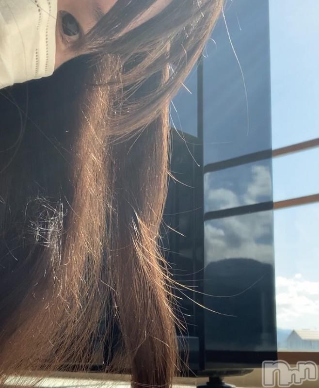 上越メンズエステ地元嬢と遊べる上越初のハイブリッドエステ花椿×ヘヴン(ジモトジョウトアソベルジョウエツハツノハイブリッドエステハナツバキ×ヘヴン) くるみ(資格者)(32)の2021年10月14日写メブログ「上越妙高駅ピアノ、弾いてきた♪」