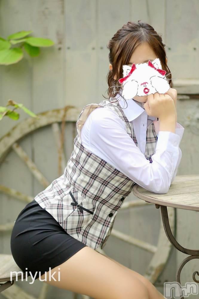 新潟デリヘルOffice Amour(オフィスアムール) 美雪(29)の10月26日写メブログ「限定公開(´✪ω✪`)♡」