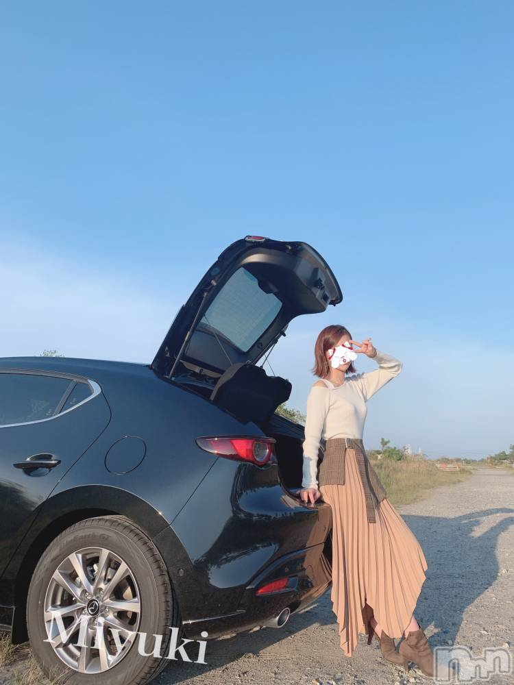 新潟デリヘルOffice Amour(オフィスアムール) 美雪(29)の10月1日写メブログ「オフショット♡