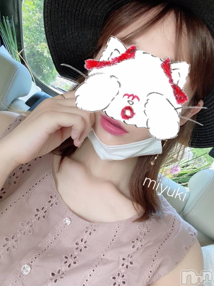 新潟デリヘルOffice Amour(オフィスアムール) 美雪(29)の8月13日写メブログ「あついー( 。• - •。`)明日のご予約状況*.+゚」