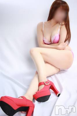 【細身】シラキ(36) 身長163cm、スリーサイズB84(D).W58.H88。新潟デリヘル ドキドキ在籍。
