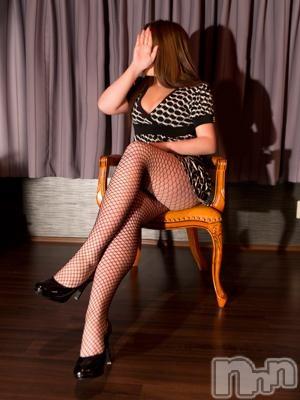 綾子(36)のプロフィール写真2枚目。身長162cm、スリーサイズB92(G以上).W58.H88。長野人妻デリヘル完熟マダム(カンジュクマダム)在籍。