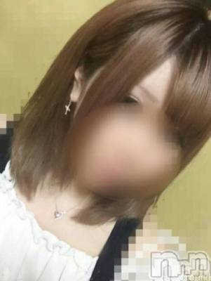 白ギャル☆ひな☆(19) 身長159cm、スリーサイズB88(D).W60.H84。三条デリヘル コスプレ専門店 BLUE MOON(ブルームーン)在籍。