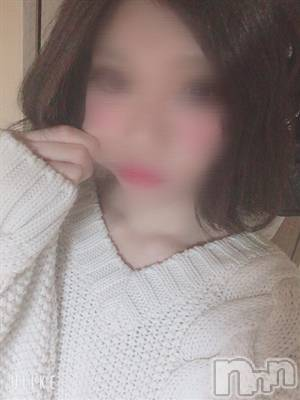 MEGU(20) 身長165cm、スリーサイズB80(C).W58.H84。松本デリヘル Color 彩在籍。