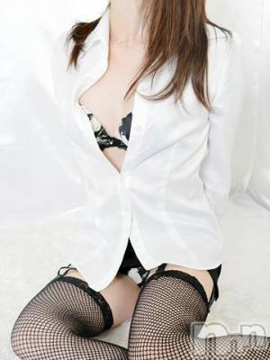 りさ(33) 身長155cm、スリーサイズB81(B).W58.H83。上田人妻デリヘル 人妻華道 上田店(ヒトヅマハナミチウエダテン)在籍。