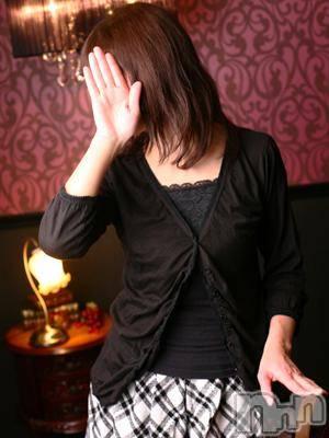 光知子(39) 身長154cm、スリーサイズB82(B).W56.H83。長野人妻デリヘル 完熟マダム在籍。