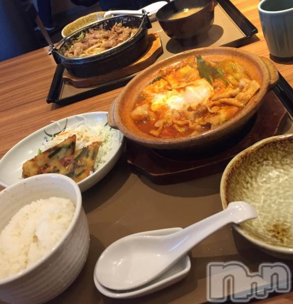 長野ガールズバーCAFE & BAR ハピネス(カフェ アンド バー ハピネス) りおんの11月8日写メブログ「お昼ごはーん!」