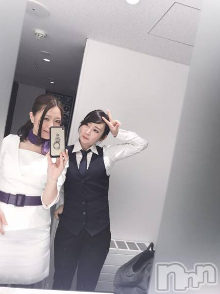 長野ガールズバーCAFE & BAR ハピネス(カフェ アンド バー ハピネス) りおんの11月11日写メブログ「衣装が可愛いの♡」