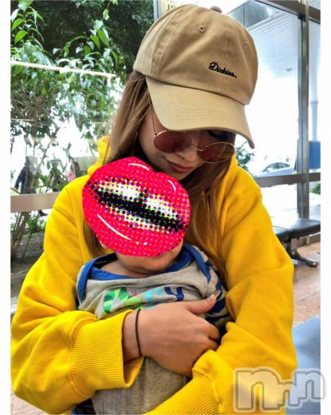 新潟駅前キャバクラLune LYNX(ルーンリンクス) SARINA氏の10月15日写メブログ「なんでこんなに可愛いと?」