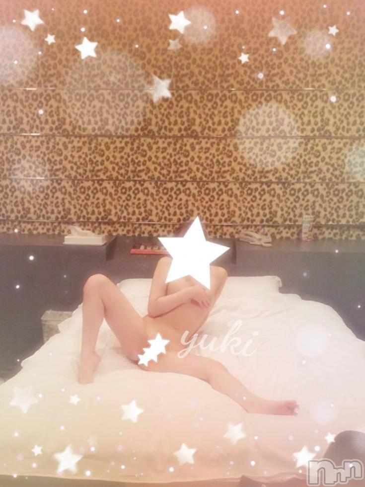 長岡デリヘル純・無垢(ジュンムク) No.1☆ゆうき(19)の10月9日写メブログ「なにこれこわい」