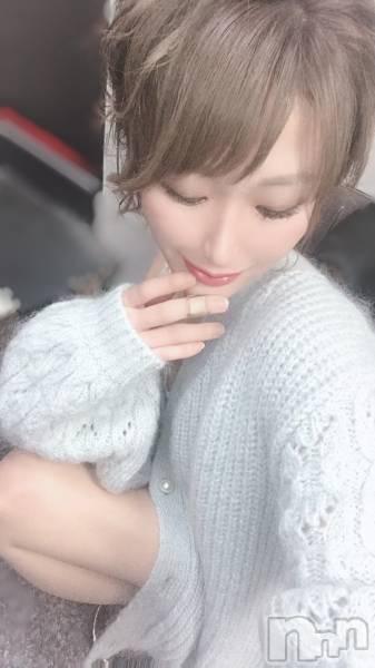 新潟駅前キャバクラClub Ludan(クラブルダン) 愛咲絺花の10月22日写メブログ「寝れなくて。」
