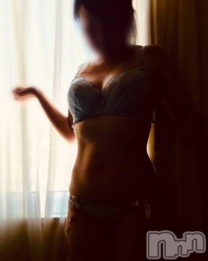 新潟デリヘルデイジー ハル Fの優乳(31)の10月17日写メブログ「早くつけて♡入れちゃおう♡」