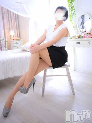 ちふゆ爽健美淑女(46) 身長168cm、スリーサイズB90(D).W59.H88。 人妻不倫処 桃屋 新潟店在籍。