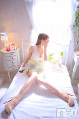 ココ☆SP解禁(28) 身長160cm、スリーサイズB84(F).W56.H83。新潟メンズエステ Parisie-パリジェ-在籍。