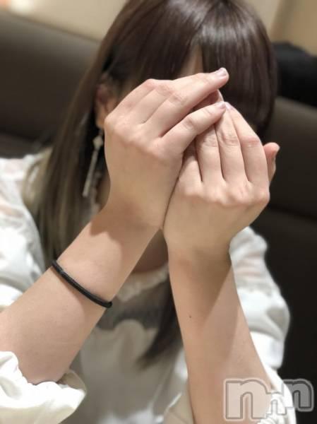 長野ガールズバーCAFE & BAR ハピネス(カフェ アンド バー ハピネス) の2018年5月1日写メブログ「愛してって感じーーー」