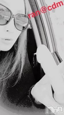 昼間の車内手コキ☆