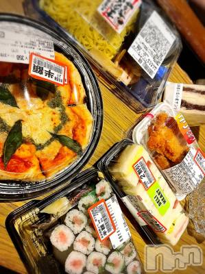 長岡デリヘル Mimi(ミミ) 【チョコ】(24)の5月19日写メブログ「HOTELで夕飯半額祭り😂💞」