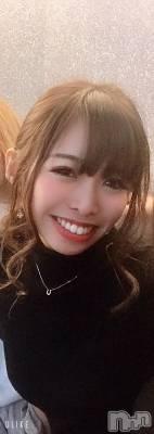 楠 紫乃(26) 身長152cm。権堂キャバクラ クラブ華火−HANABI−(クラブハナビ)在籍。
