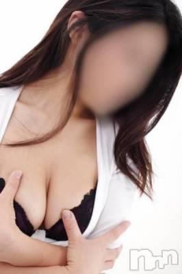 青柳かえで(29) 身長162cm、スリーサイズB87(D).W59.H88。三条デリヘル 人妻じゅんちゃん(ヒトヅマジュンチャン)在籍。
