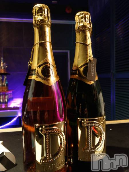 新潟駅前キャバクラLune LYNX(ルーンリンクス) ももの5月18日写メブログ「Diorのシャンパンだって!」