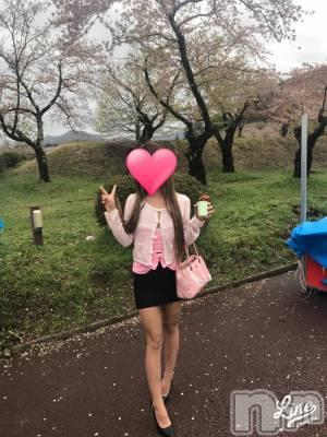 桜散ってる