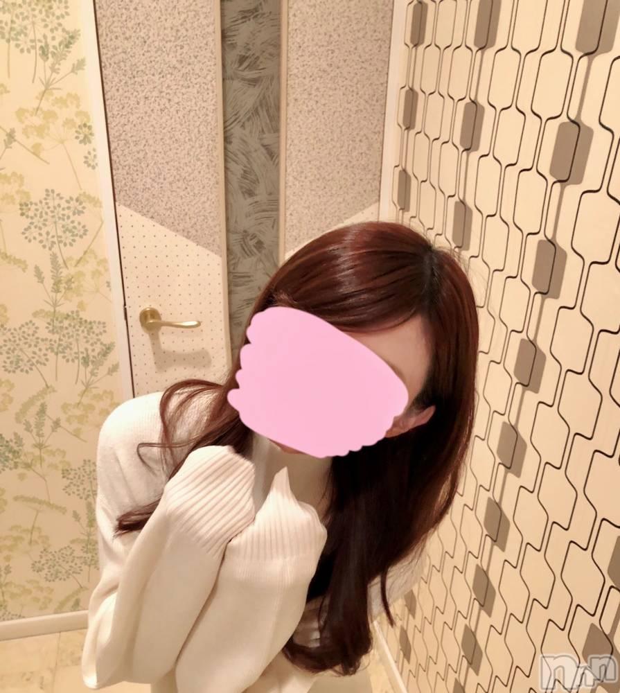 新潟手コキsleepy girl(スリーピーガール) こゆきちゃん(20)の10月14日写メブログ「萌え萌え~~」